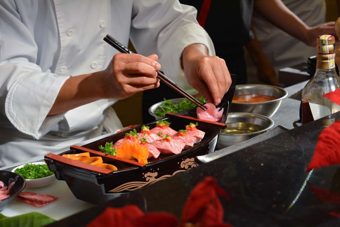 Посуда, палочки и циновка для роллов – как выбрать?