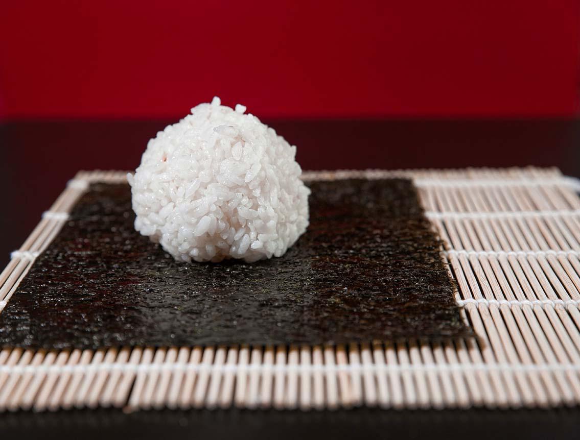 Какой рис нужен для роллов и сколько, чем заправлять