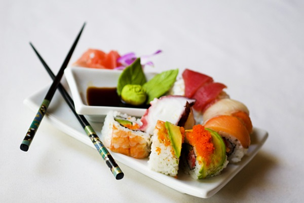 catering-sushi.jpg
